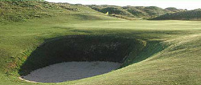 Ballyliffin - 1st Green Glashedy, avoid the bunker at all costs!